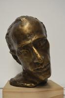 Radnóti Miklós szobor