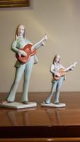 Retró aquincumi porcelán figurák! Kis és nagy méretű gitáros lányok!