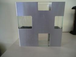 Váza üveg szögletes fém keretben 18x18x6 cm