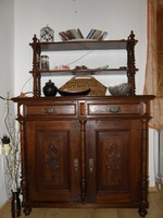 Tálaló szekrény