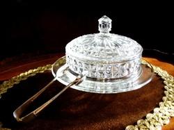 Gyönyörű, ezüstözött, antik cukorcsipesz, hibátlan, cizellált kristály cukorkakínálóval