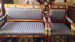 Három darabos  ülőgarnitura