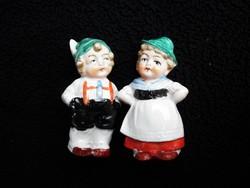 Antik Wagner & Apel porcelán só és borsszóró figura páros