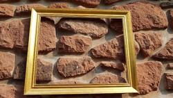 Képkeret, antikizált, falc 45,5x57,8 cm, (1-0,7 cm széles és mély), külméret 55x67 cm, antik, fa
