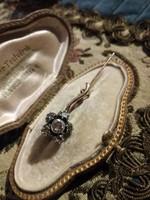 Antik gyémánt kitűző virág alakzatban ca.0,40ct