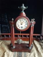 Szecessziós asztali óra