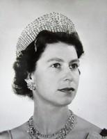 II. ERZSÉBET BRIT KIRÁLYNŐ KORABELI FÉNYKÉP FOTÓ CCA 1954 LONDON HIBÁTLAN
