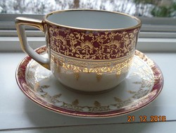 Arany brokát mintákkal,mitologikus jelenettel antik Altwien jellegű teás csésze alátéttel