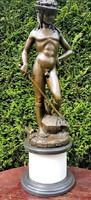 Perszeusz mitológiai jelenetű szobor