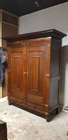 Antik korabeli németalföldi barokk szekrény