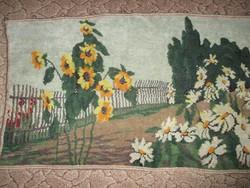 Régi falvédő - virágos kert