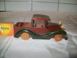 Veterán autó makett, modell fából