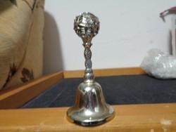 Ezüstszínű fém csengő