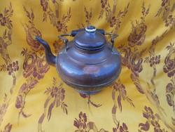 Antik teáskanna vörös rézből