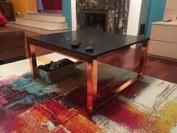 Thom Dixon asztal