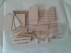 Játék bababútor fából: fiókos komód