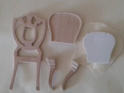 Játék bababútor fából: támlás szék 9 cm