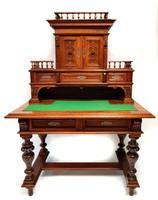 Felépítményes antik ónémet, neoreneszánsz íróasztal