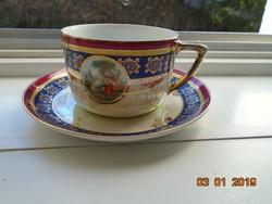 Gyöngyházmázas, arany csipke mintás,Altwien jellegű teás csésze alátéttel