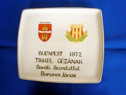 Hollóházi teljesen egyedi, névre szóló ajándékozási porcelán tálca 20 x 17 cm, 1972