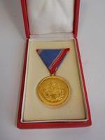 Honvédelmi érdemérem kitüntetés