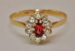 Szépséges gránát margaréta arany gyűrű