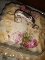 Rózsás sajttartó
