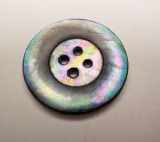 Különleges fényű gyöngyház gomb