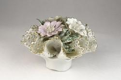 0U583 Régi porcelán csipkés virágkosár