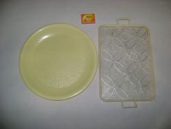 Retro műanyag tálca - két darab