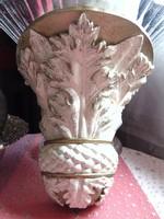 Csodaszép fali konzol akantusz levelekkel