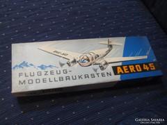 Aero -45  NDK modell  játék eredeti dobozában és állapotában .,a 60 as évekből