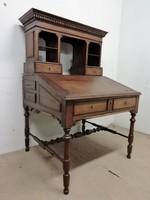 Antik emelvényes íróasztal-szekreter