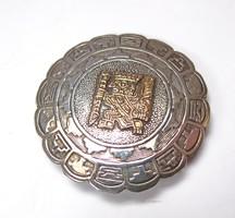 Perui ezüst,arany bross/medál.