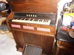 Egy regiszteres harmónium