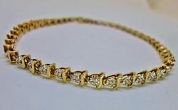 Gyönyörű  0.37ct gyémántos arany karkötő