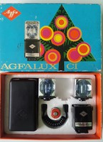 Vaku Agfalux ci typ 6843/200,222 dobozában, 2db Osram vil.kockával, tok, szikronkábel, akku, leírás