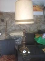 Faragott asztali lámpa