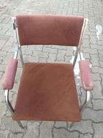 Krómozott,fémvázas szék,fellelt állapotban.5000.-Ft