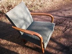 Retro szép megkímélt rugós fotel dekoratív fa karfákkal szobai állapotú