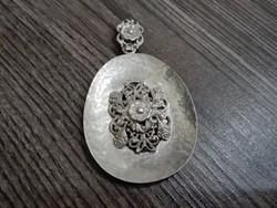 Hatalmas ezüst medál