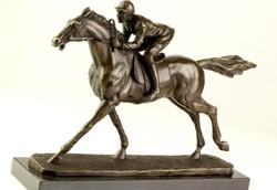 Zsoké a lovon - Verhetetlen áron!