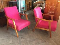 Régi retro kárpitozott fotel íves karfás