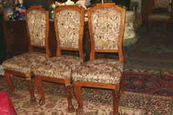 Barokk székek oroszlánkarmos