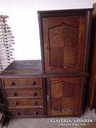 Antik szekrény eladó