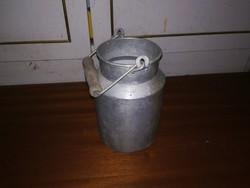 Retró alumínium tejes kanna ,fellelt állapotban  !!