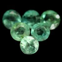 Termeszetes Kezeletlen Smaragd 6db 2.5Ct