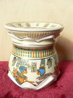 Egyiptomi porcelán dísztárgy