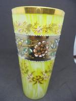 Gyönyörű festett üveg pohár