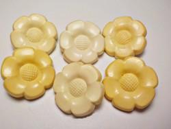 6 db. retro virágos gomb